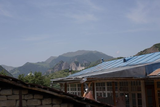 31 roof with mountains